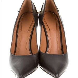 Givenchy Shoes - Black leather Givenchy pointed-toe pumps